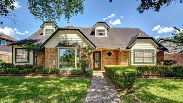4 Bedrooms, Briar Lake Rental in Houston for $2,700 - Photo 2