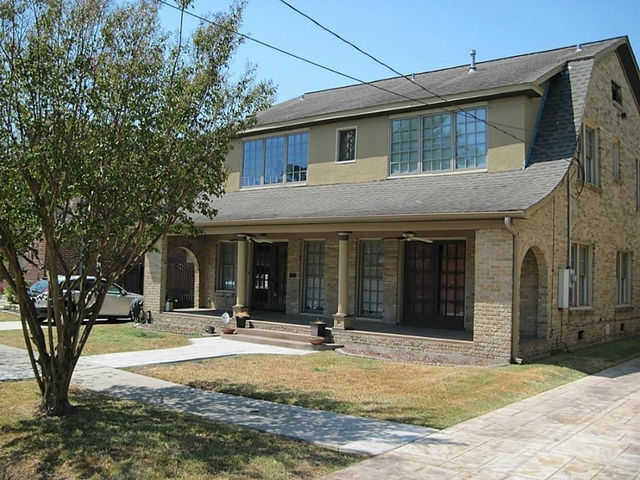 4 Bedrooms, Neartown - Montrose Rental in Houston for $3,100 - Photo 1