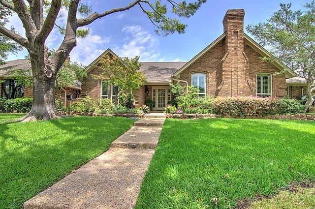 3 Bedrooms, Oakhurst Rental in Dallas for $2,995 - Photo 2