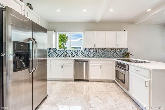 3 Bedrooms, Shenandoah Rental in Miami, FL for $3,350 - Photo 2