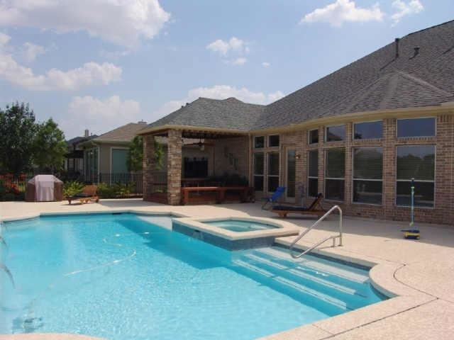 5 Bedrooms, Royal Oaks Country Club Rental in Houston for $7,900 - Photo 2