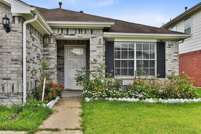 3 Bedrooms, Clear Brook Crossing Rental in Houston for $1,700 - Photo 2