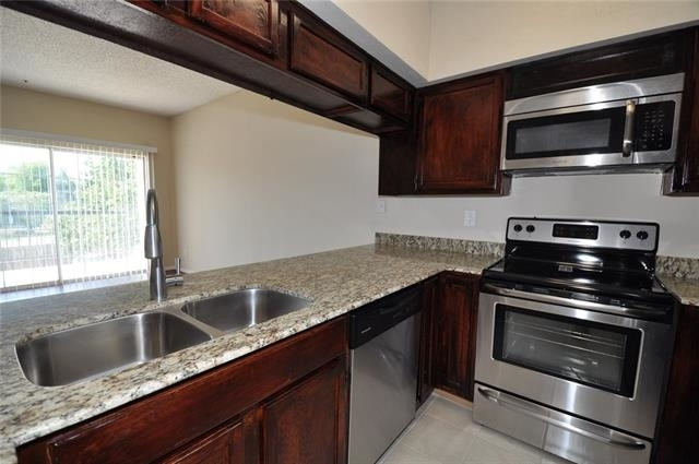 1 Bedroom, Easton Apartments Rental in Dallas for $1,050 - Photo 1