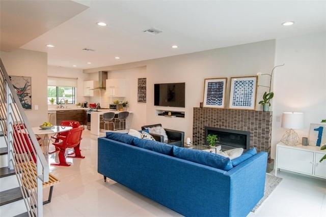 2 Bedrooms, Sherman Oaks Rental in Los Angeles, CA for $3,800 - Photo 2