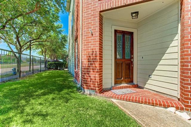 2 Bedrooms, Memorial Heights Rental in Houston for $2,200 - Photo 1
