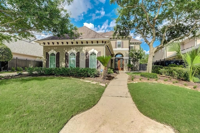 6 Bedrooms, Royal Oaks Country Club Rental in Houston for $6,800 - Photo 1