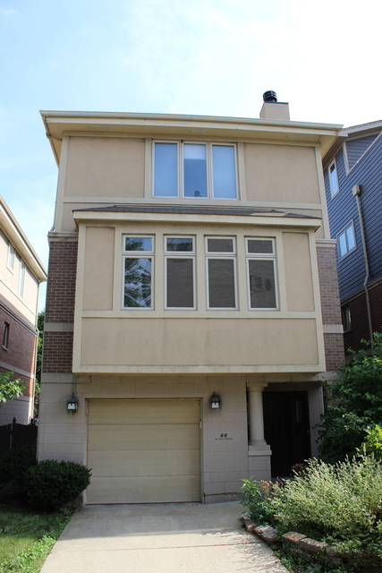 4 Bedrooms, Dearborn Park Rental in Chicago, IL for $4,900 - Photo 1