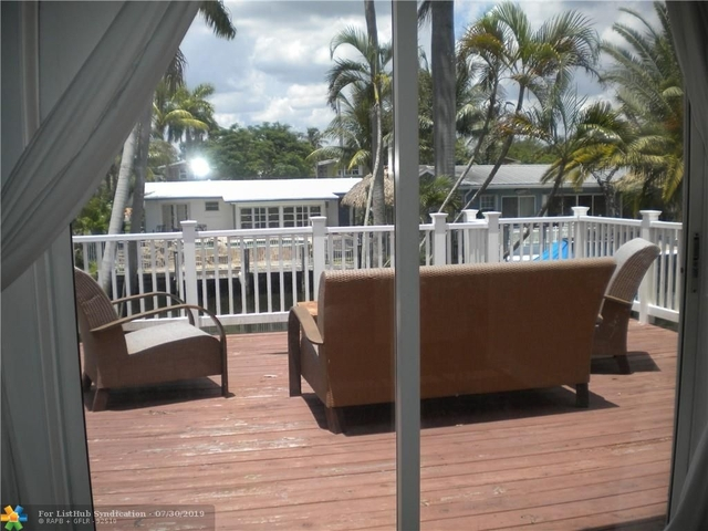 3 Bedrooms, Lauderdale Isles Rental in Miami, FL for $3,000 - Photo 2