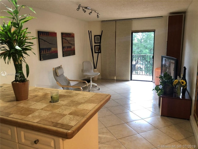 2 Bedrooms, Savannah Rental in Miami, FL for $1,500 - Photo 1