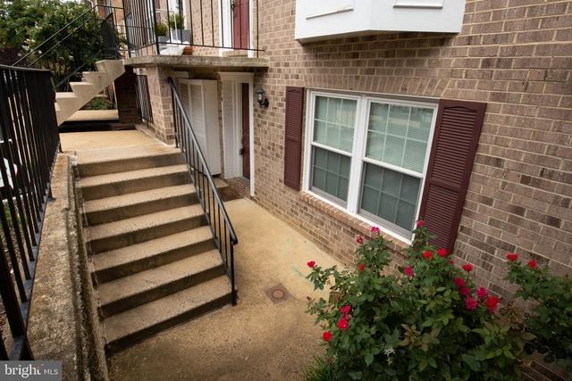 3 Bedrooms, Penrose Rental in Washington, DC for $2,750 - Photo 2