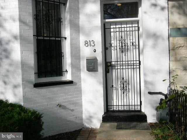 3 Bedrooms, Logan Circle - Shaw Rental in Washington, DC for $3,900 - Photo 2