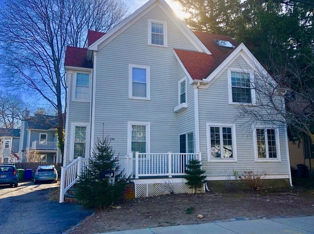 4 Bedrooms, Newtonville Rental in Boston, MA for $4,100 - Photo 1