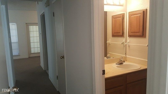 2 Bedrooms, The Meadows on Northgate Rental in Dallas for $1,085 - Photo 1