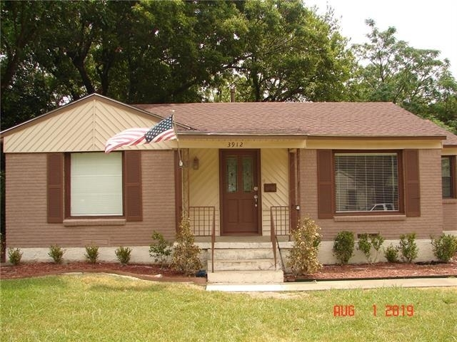 3 Bedrooms, Midway Hollow Rental in Dallas for $2,150 - Photo 2