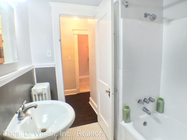 3 Bedrooms, Pleasant Plains Rental in Washington, DC for $3,250 - Photo 2