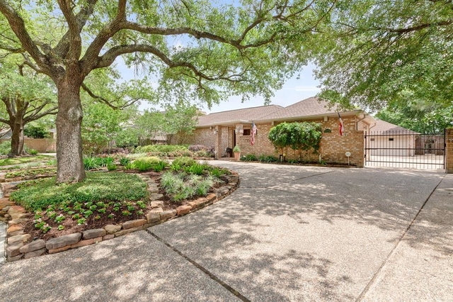 4 Bedrooms, Lakeside Place Rental in Houston for $3,995 - Photo 1