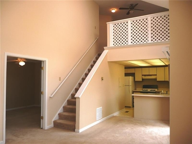 2 Bedrooms, Windy Place Apartments Rental in Atlanta, GA for $1,250 - Photo 2