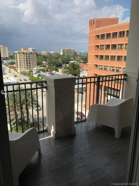 2 Bedrooms, Coral Way Rental in Miami, FL for $2,500 - Photo 1