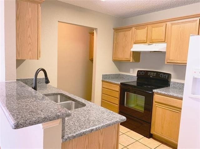 3 Bedrooms, Summer Place Townhomes Rental in Dallas for $1,300 - Photo 2