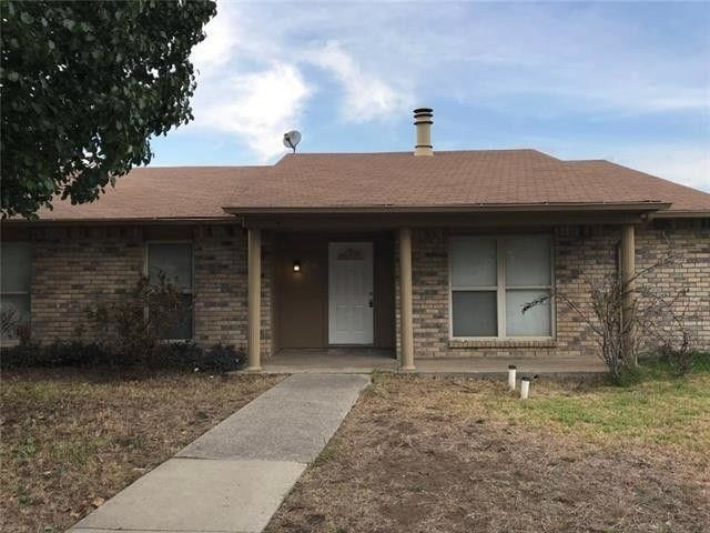 3 Bedrooms, The Colony Rental in Dallas for $1,650 - Photo 1
