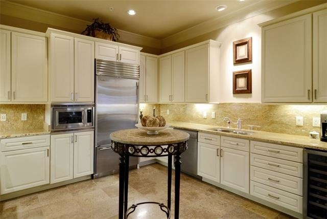 1 Bedroom, Highland Tower Rental in Dallas for $3,500 - Photo 2