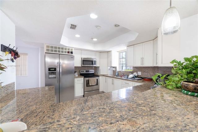 5 Bedrooms, Poinciana Lakes Rental in Miami, FL for $2,350 - Photo 1