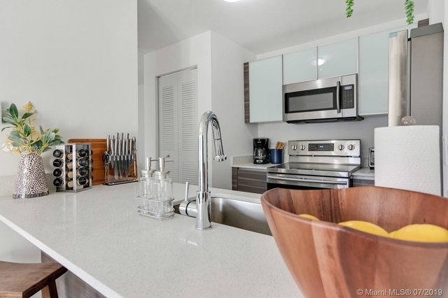 2 Bedrooms, Broadmoor Rental in Miami, FL for $2,600 - Photo 2