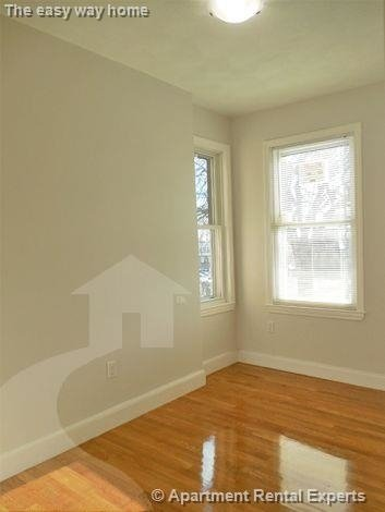 3 Bedrooms, Spring Hill Rental in Boston, MA for $2,400 - Photo 2