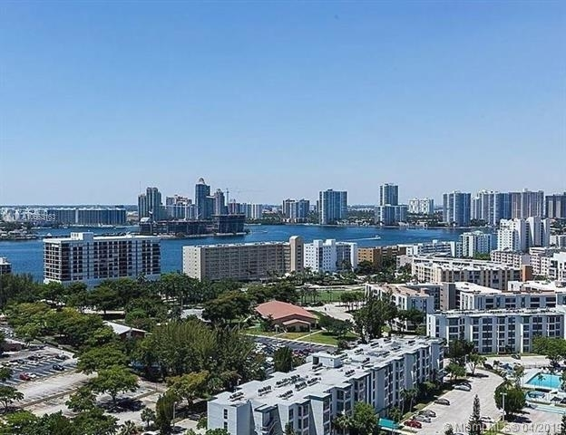 2 Bedrooms, Winston Towers Rental in Miami, FL for $2,500 - Photo 2