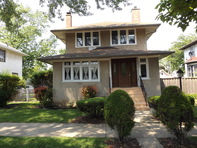 4 Bedrooms, Oak Park Rental in Chicago, IL for $2,850 - Photo 1