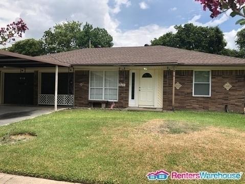 3 Bedrooms, Marlen Terrace Rental in Houston for $1,400 - Photo 2
