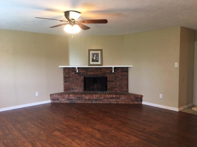3 Bedrooms, The Colony Rental in Dallas for $1,625 - Photo 1