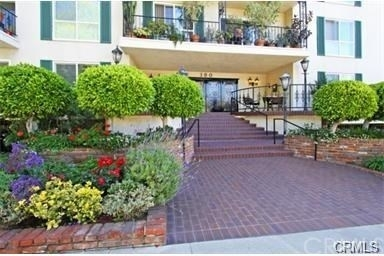 2 Bedrooms, Downtown Pasadena Rental in Los Angeles, CA for $3,080 - Photo 1