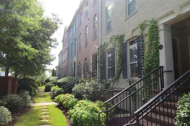 2 Bedrooms, Downtown Sandy Springs Rental in Atlanta, GA for $2,000 - Photo 2