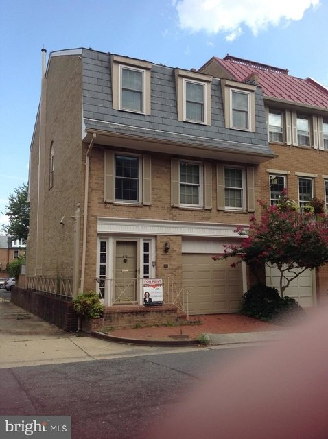 3 Bedrooms, Old Town Rental in Washington, DC for $4,000 - Photo 1