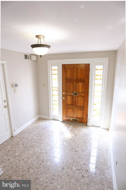 3 Bedrooms, Old Town Rental in Washington, DC for $4,000 - Photo 2