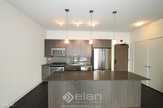 1 Bedroom, Fulton Market Rental in Chicago, IL for $2,632 - Photo 2