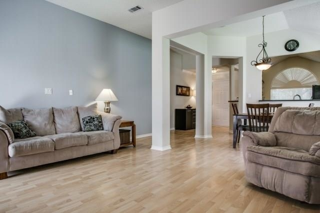 3 Bedrooms, Preston Lakes Rental in Dallas for $1,650 - Photo 2