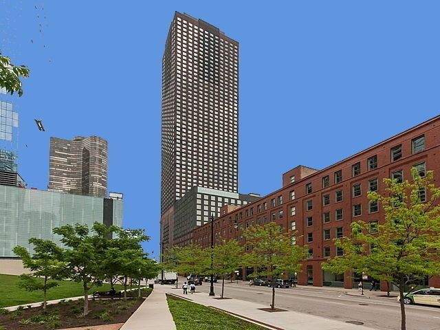 3 Bedrooms, Streeterville Rental in Chicago, IL for $3,975 - Photo 1