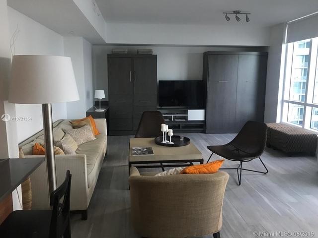 1 Bedroom, Goldcourt Rental in Miami, FL for $2,300 - Photo 2