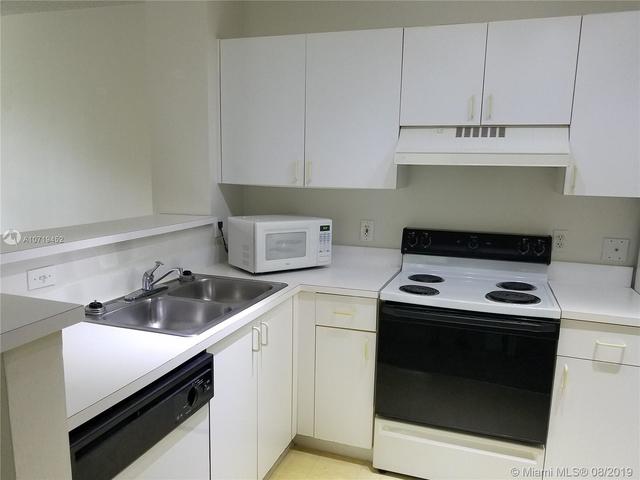 1 Bedroom, St. Andrews at Miramar Rental in Miami, FL for $1,400 - Photo 2
