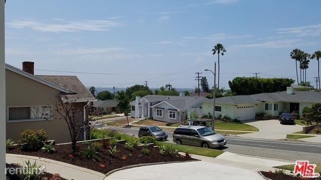 Ladera Heights Apartments for Rent, including No Fee Rentals
