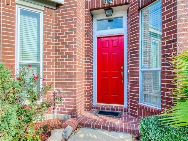 2 Bedrooms, Midtown Rental in Houston for $2,300 - Photo 2
