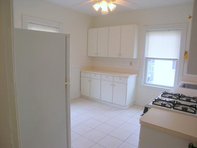 2 Bedrooms, Washington Square Rental in Boston, MA for $2,350 - Photo 2