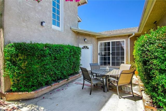 2 Bedrooms, Van Nuys Rental in Los Angeles, CA for $1,995 - Photo 2