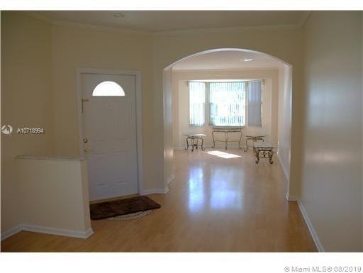 4 Bedrooms, Regency Rental in Miami, FL for $2,700 - Photo 2