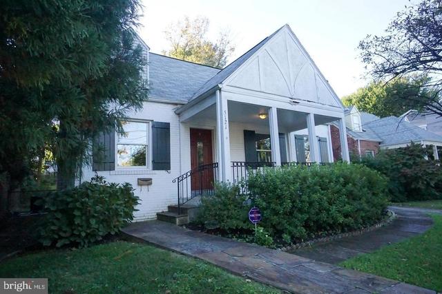 4 Bedrooms, Bethesda Rental in Washington, DC for $4,000 - Photo 1