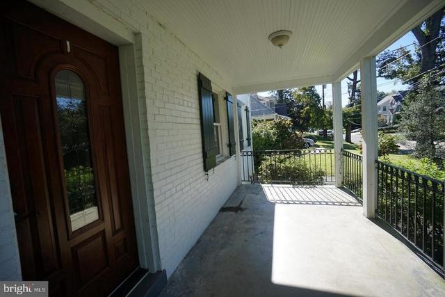 4 Bedrooms, Bethesda Rental in Washington, DC for $4,000 - Photo 2