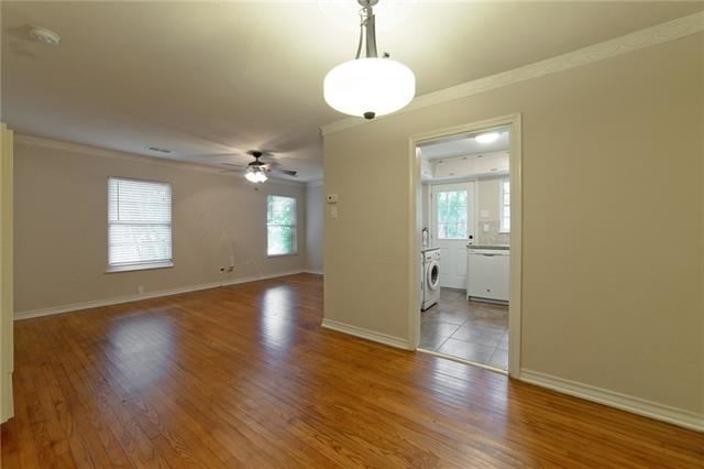 2 Bedrooms, Hillside Rental in Dallas for $1,500 - Photo 2