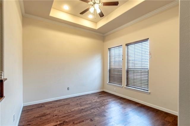 5 Bedrooms, Song Rental in Dallas for $2,450 - Photo 2